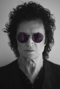 glenn-hughes-by-georgina-cates-2_med